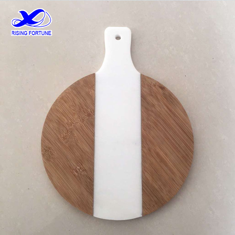 round cutting board with handle