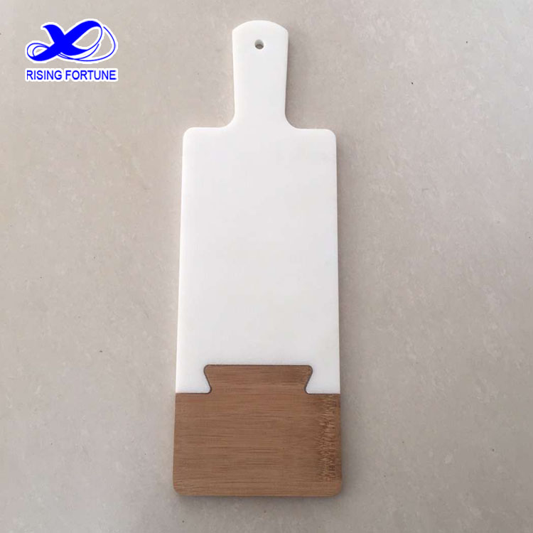 rectangular cutting board with handle